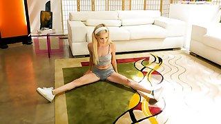 Skinny blondie Piper Perri spreads her legs for a large diabolical dick