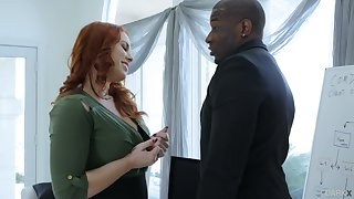 Wondrous redhead Edyn Blair desires reach one's majority some admiration from interracial sexual relations