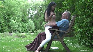 Senior man's huge dick makes her feel very special